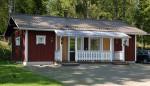 Omenankukka on bungalow-talo, jossa on kaksi hyvin varusteltua huonetta. Huoneissa on muun muassa minikeittiöt ja omat sisäänkäynnit.