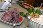 Inkalan Kartanossa tarjotaan muun muassa Simolan tilan kyytön lihaa Hyrvälän kylältä.